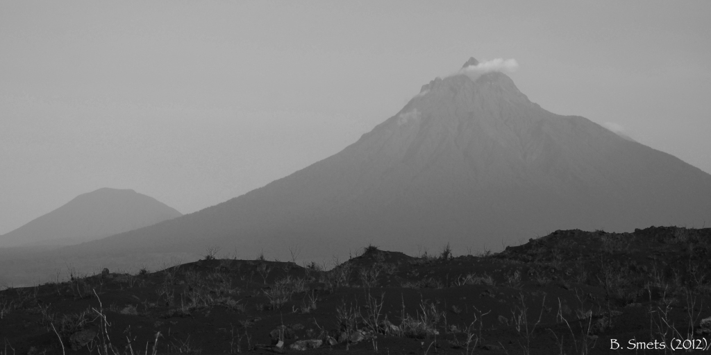 Mikeno volcano observed from the Nyamulagira 2011-12 eruptive site. March, 2012